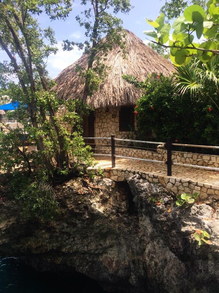 Rock House Boutique Resort Jamaica